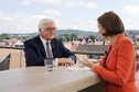 Bundespräsident Frank-Walter Steinmeier im ZDF-Sommerinterview mit der Journalistin Bettina Schausten in Bad Salzuflen