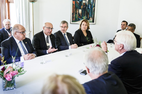 Bundespräsident Frank-Walter Steinmeier bei der Gesprächsrunde zum Thema 'The changing face of New Zealand: Migration, Refugees and Integration' in Wellington anlässlich des Staatsbesuchs in Neuseeland