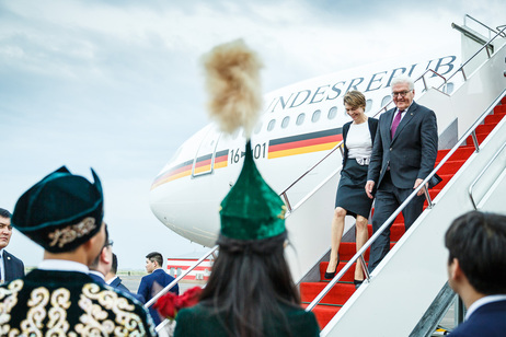Federal President Frank-Walter Steinmeier and Elke Büdenbender arrive at the international airport of Astana on the occasion of their official visit to the Republik of Kazakhstan