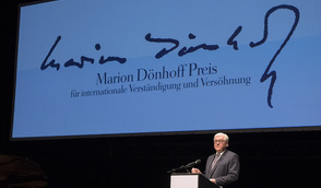 Federal President Frank-Walter Steinmeier holds a speech at the award ceremony of the Marion Dönhoff Prize for international understanding and reconciliation in Hamburg