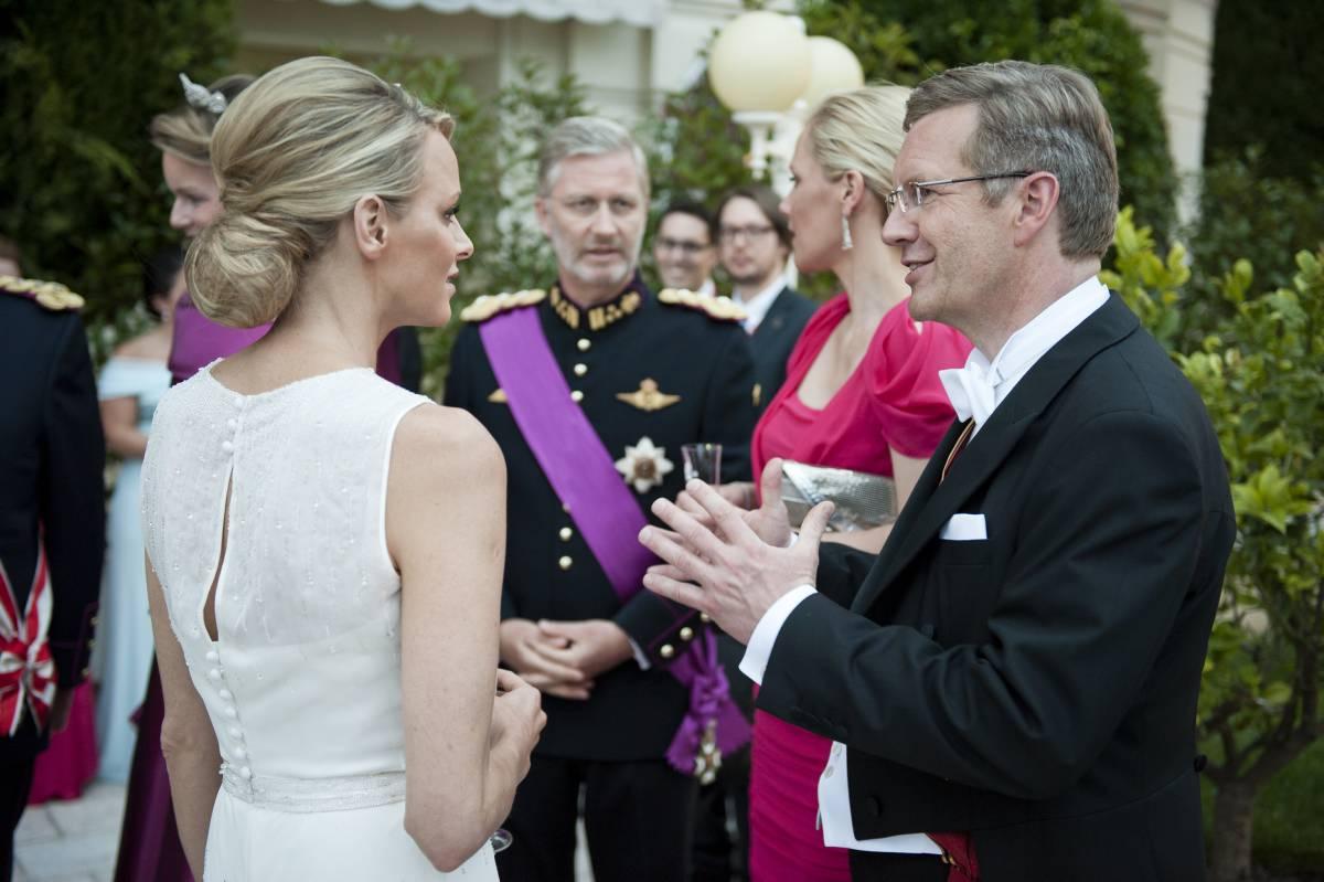 Www Bundespraesident De Der Bundesprasident Interviews Teilnahme An Den Hochzeitsfeierlichkeiten Von Furst Albert Ii Von Monaco Und Charlene Wittstock