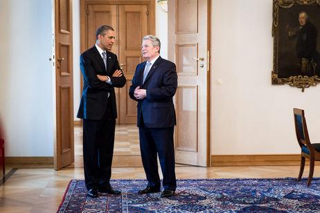 Bundespräsident Joachim Gauck und Barack Obama bei einer Begegnung in Schloss Bellevue (Archivbild)