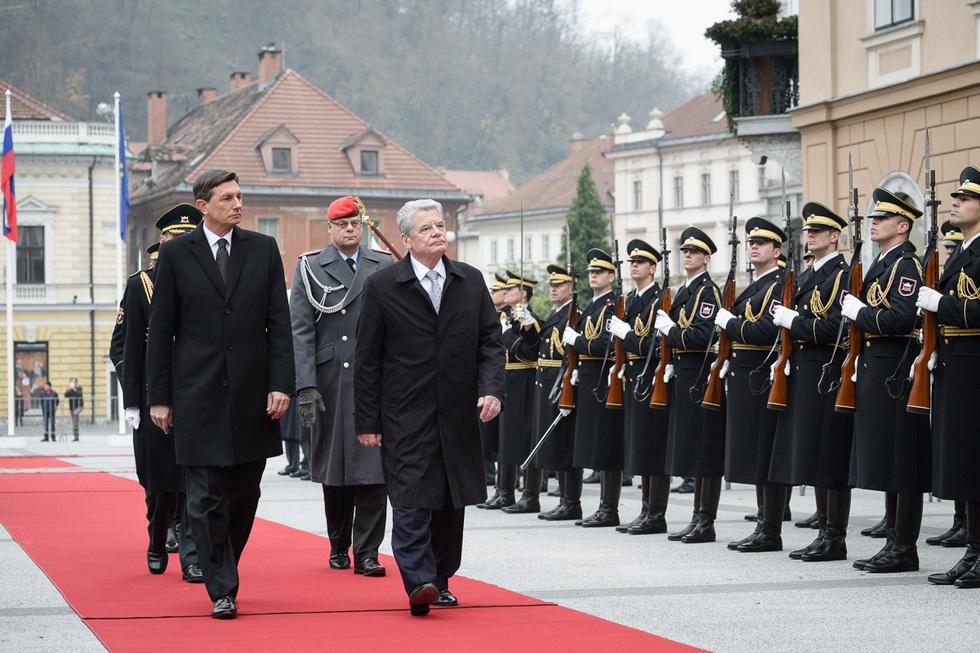 www bundespraesident de: Der Bundespräsident / Articles / Official